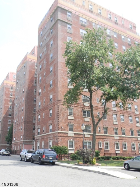 Property for sale at 70 S Munn Ave Unit 813 Unit: 813, East Orange City,  New Jersey 07018