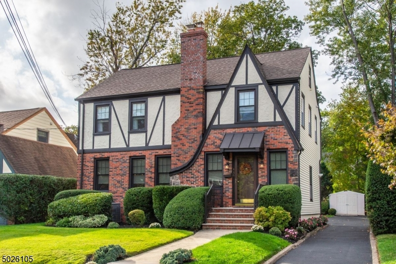 Property for sale at 466 Essex Ave, Bloomfield Twp.,  New Jersey 07003