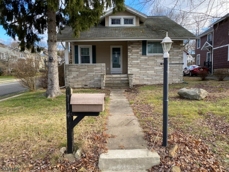 Property for sale at 114 Central Ave, Caldwell Boro Twp.,  New Jersey 0