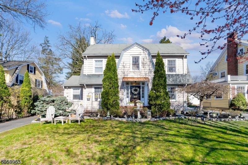 Property for sale at 247 S Ridgewood Rd, South Orange Village Twp.,  New Jersey 07079