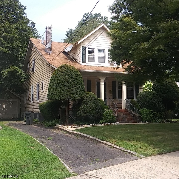 Property for sale at 7 Coolidge Rd, Maplewood Twp.,  New Jersey 07040