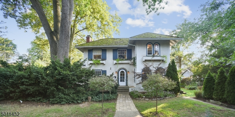 Property for sale at 54 South Mountain Ave, Maplewood Twp.,  New Jersey 07040