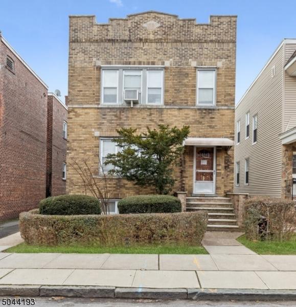 Property for sale at 27 Lindsley Pl, East Orange City,  New Jersey 07018