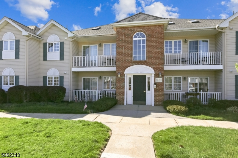 Property for sale at 105 Roseland Ave Unit: 1204, Caldwell Boro Twp.,  New Jersey 07006