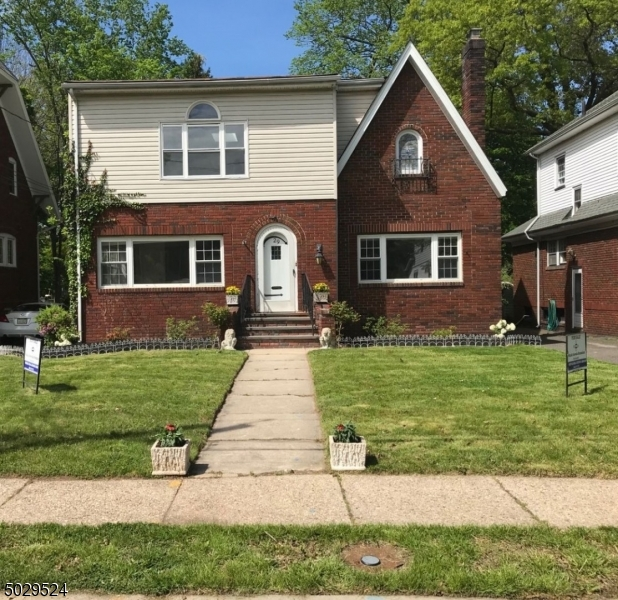 Property for sale at 29 Ball Terrace, Maplewood Twp.,  New Jersey 07040