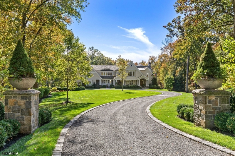 Property for sale at 322 Crescent Dr, Franklin Lakes Boro,  New Jersey 07417