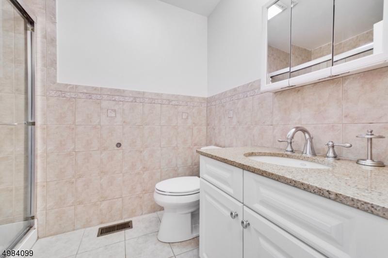 Property for sale at 26 Church St Unit 5 Unit: 5, South Orange Village Twp.,  New Jersey 07079