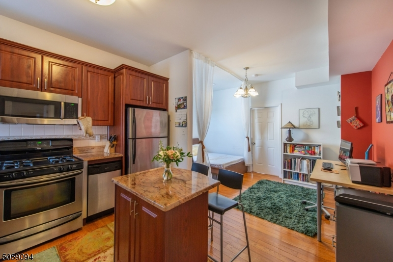 Property for sale at 80 Bay St Unit: 7, Montclair Twp.,  New Jersey 07042