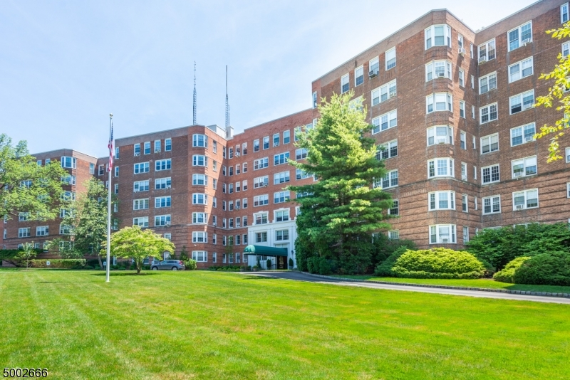 Property for sale at 10 Crestmont Rd 1-O Unit: 1-O, Montclair Twp.,  New Jersey 07042