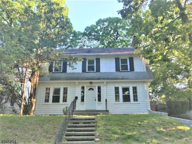 Property for sale at 664 Varsity Rd, South Orange Village Twp.,  New Jersey 07079