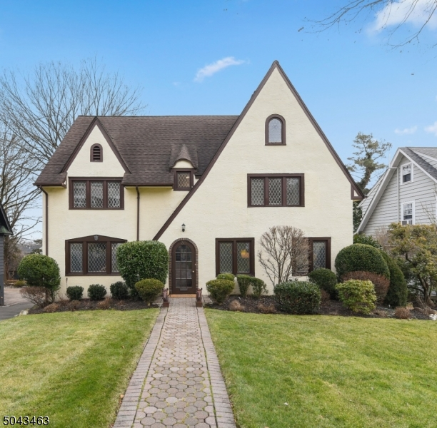 Property for sale at 30 Mayhew Dr, South Orange Village Twp.,  New Jersey 0