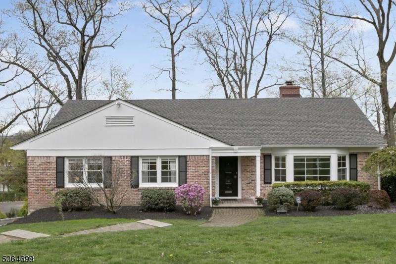 Property for sale at 332 Harding Dr, South Orange Village Twp.,  New Jersey 07079