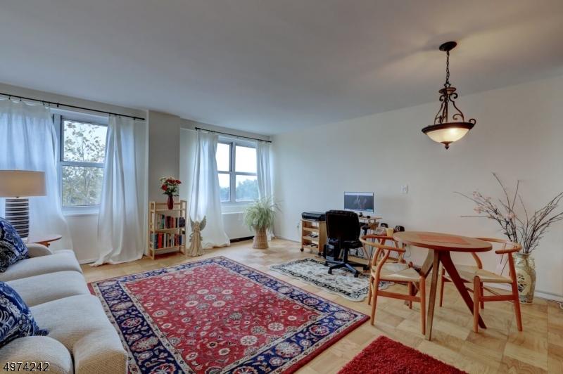 Property for sale at 926 Bloomfield Ave Unit: 7E, Glen Ridge Boro Twp.,  New Jersey 07028