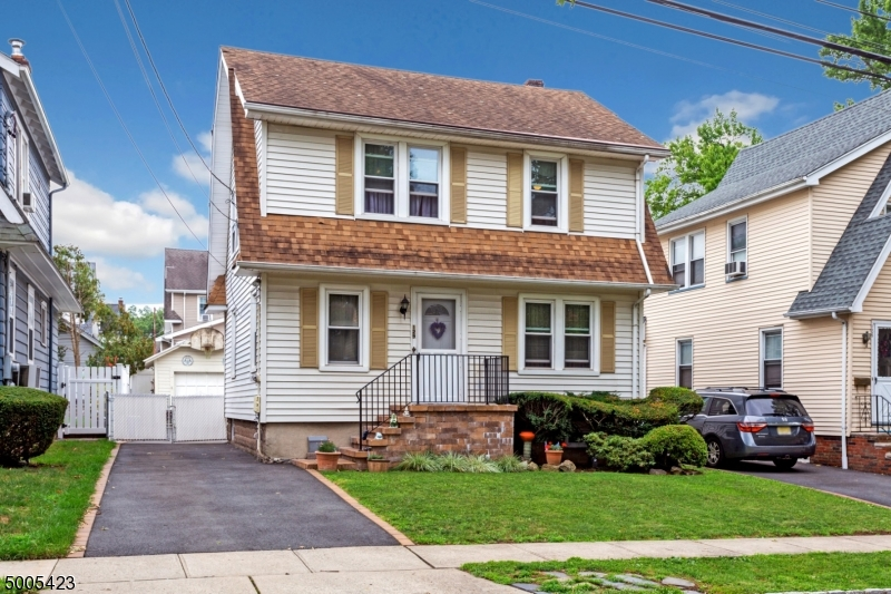 Property for sale at 129 Demarest Ave, Bloomfield Twp.,  New Jersey 07003