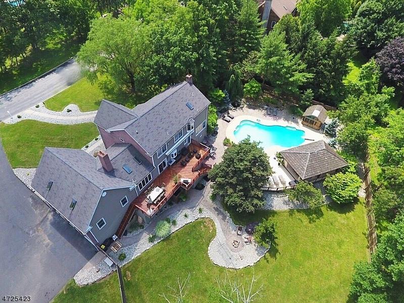 12 GREEN HILLS DR, RARITAN TWP., NJ 08822  Photo