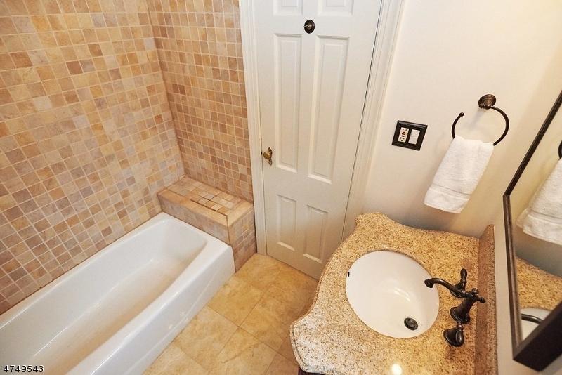 29 BROOKSIDE RD, MAPLEWOOD TWP., NJ 07040  Photo 17