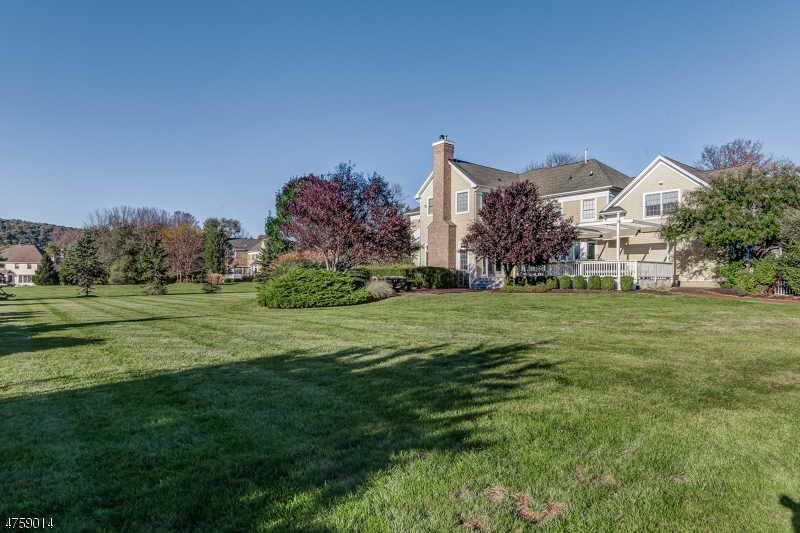 6 FAIRWAY DR, READINGTON TWP., NJ 08889  Photo