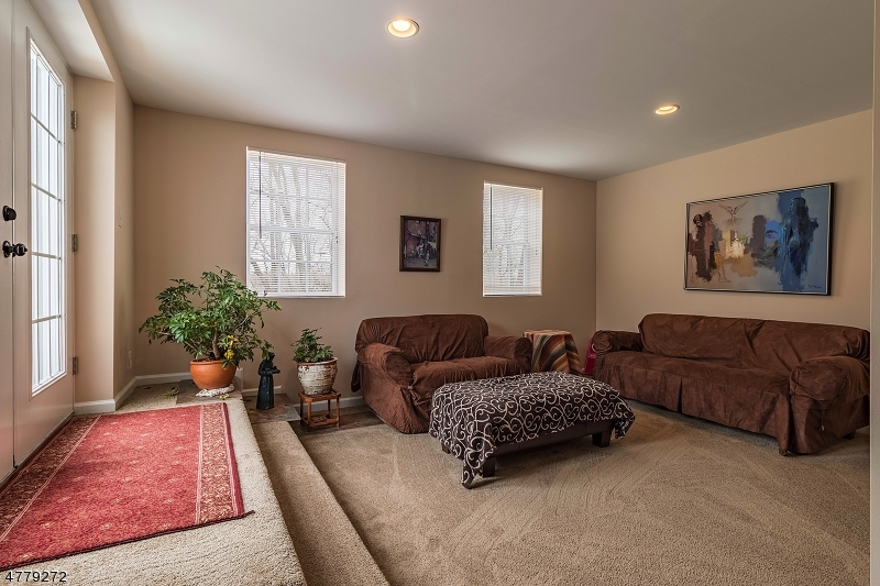 8 STILLWATER LANE, RARITAN TWP., NJ 08822  Photo