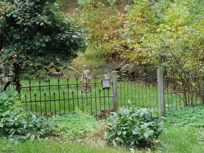 160 BLACK BROOK RD, BETHLEHEM TWP., NJ 08827  Photo