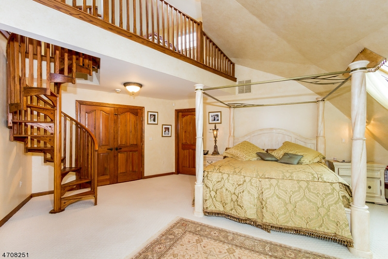 38 UPPER KINGTOWN RD, FRANKLIN TWP. - HUNTERDON, NJ 08867  Photo