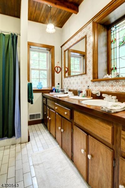 310 SHIRE RD, HOLLAND TWP., NJ 08848  Photo
