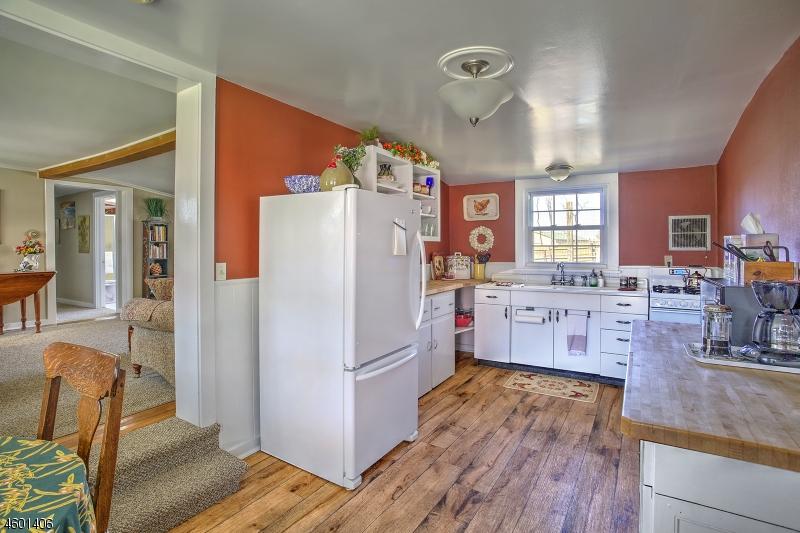 33 CALIFON COKESBURY RD, CLINTON TWP., NJ 08833  Photo