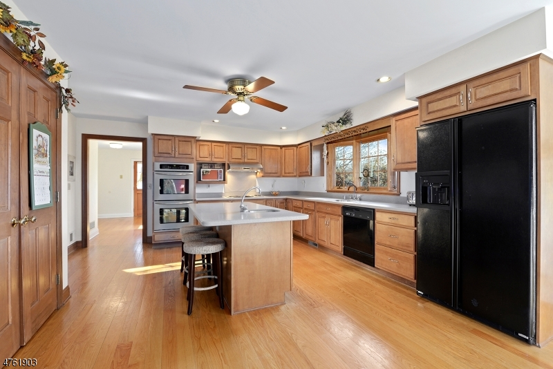 6 LENAPE SPRINGS RD, FRANKLIN TWP. - HUNTERDON, NJ 08867  Photo