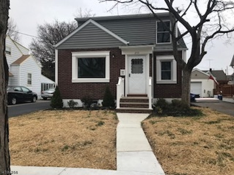 255 BERGEN BLVD, WEST PATERSON B, NJ 07424